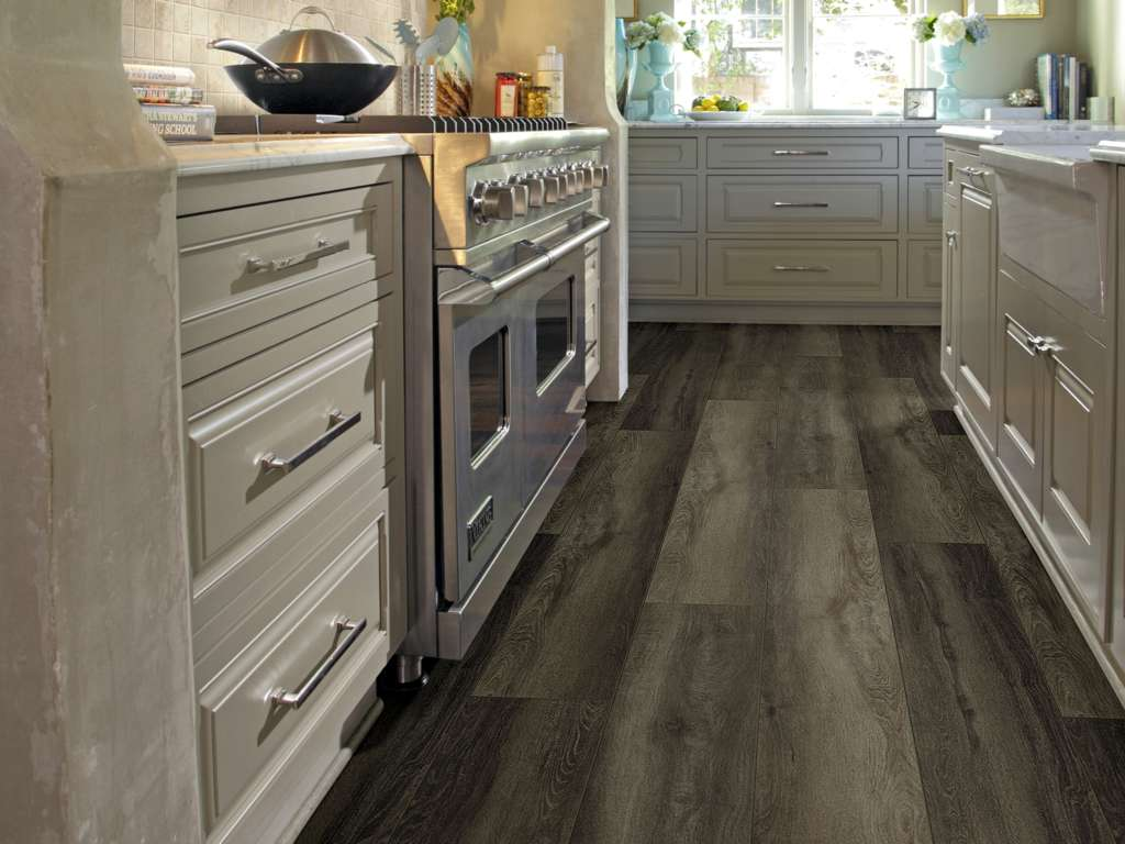 TITAN HD PLUS - Plato Oak - Floors Direct North